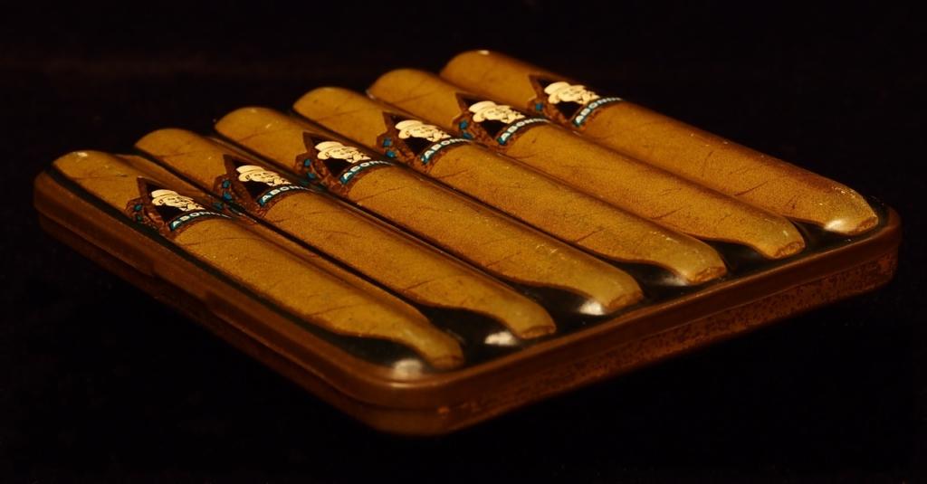 Zigarrenfeuerzeug Stile